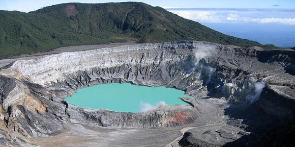 Poas volcanoe, Costa Rica
