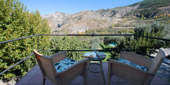 First-floor rooms have lovely long views at La Almunia del Valle