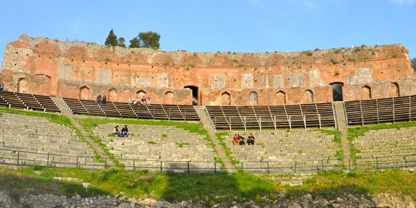 Taormin's remarkable Roman amphitheatre