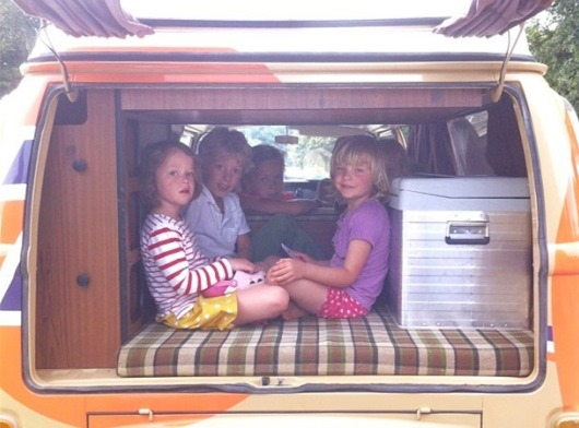 Babyccino Kids_kids in campervan