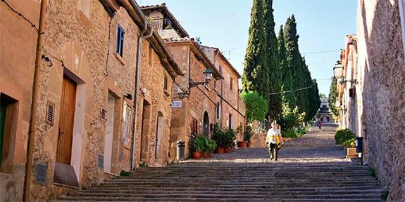 Steps to Calvario Chapel, Pollença