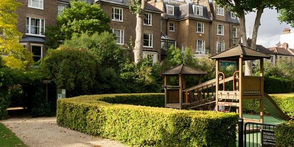 Europa House Apartments