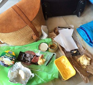 Airport picnic