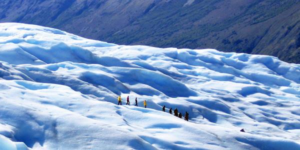 Glacier excursions with Eolo