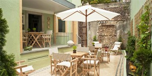 i-escape: Casa Amora, Portugal
