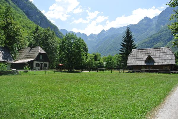 i-escape: Pristava Lepena, Slovenia