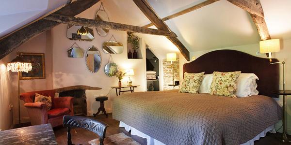 Twin Tors bedroom