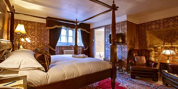 BridgeHouse guest room