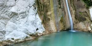 i-escape: Dimosari waterfall, Lefkas, Greece