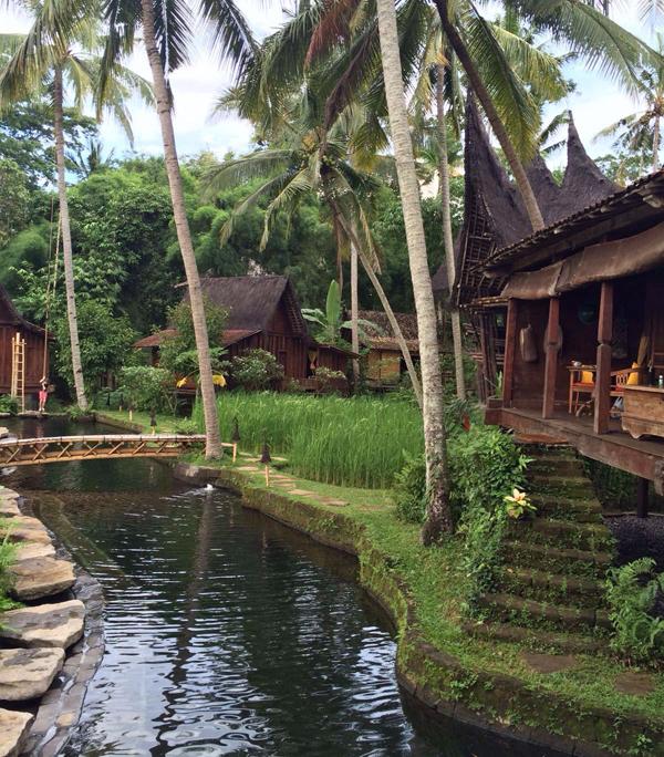 i-escape: Bambu Indah, Bali