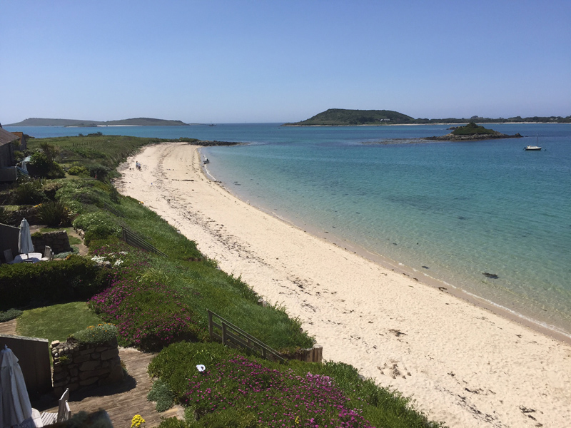 i-escape blog / A family holiday on the Isles of Scilly / The view from Flying Boat Cottages onto our own beach 2