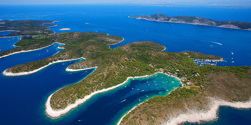 i-escape blog / Palmizana Croatia