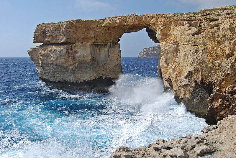 i-escape blog / Azure Window
