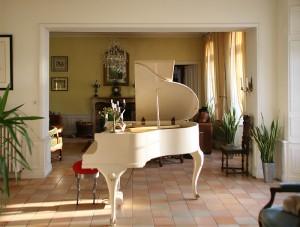 i-escape blog \ Family hideaways for October half-term \ La Castel, Normandy