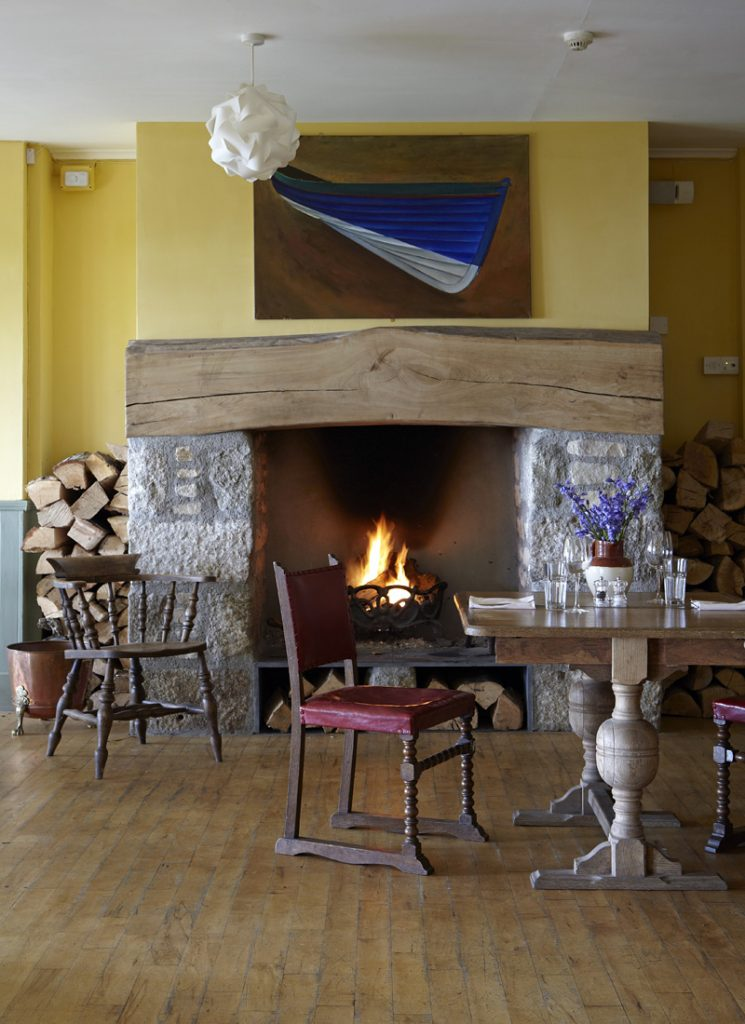 i-escape blog \ Family hideaways for October half-term \ The Old Coastguard, Cornwall, UK
