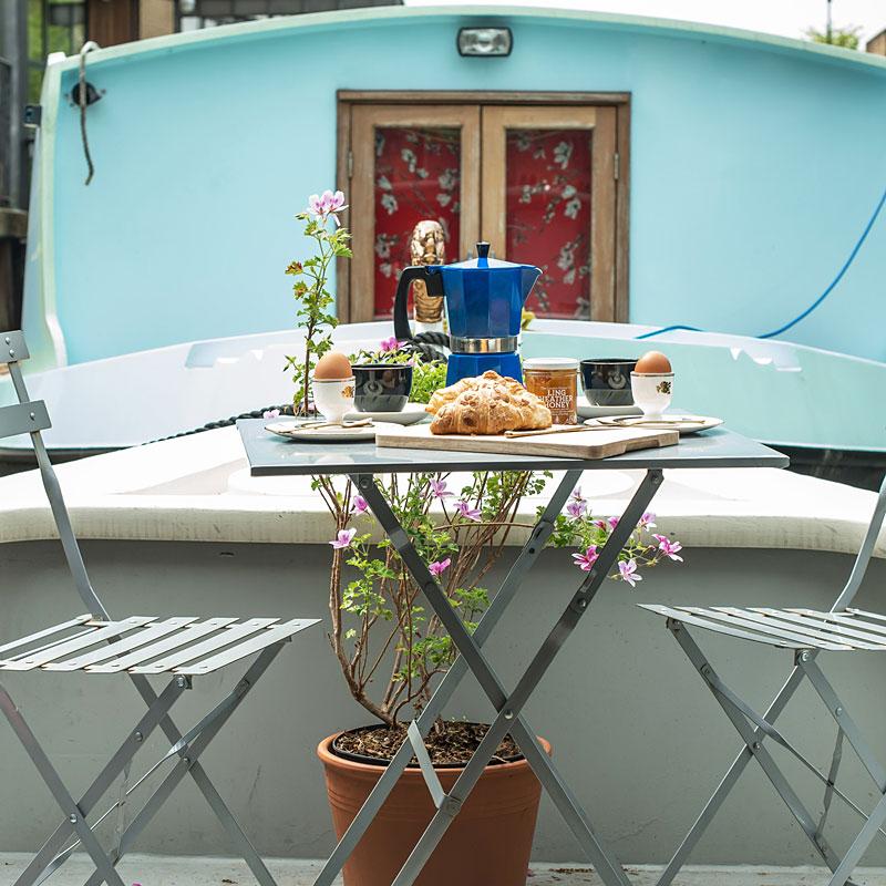 Hoxton-boat