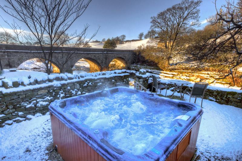 i-escape blog / 8 romantic UK getaways / Yorebridge House, Yorkshire Dales