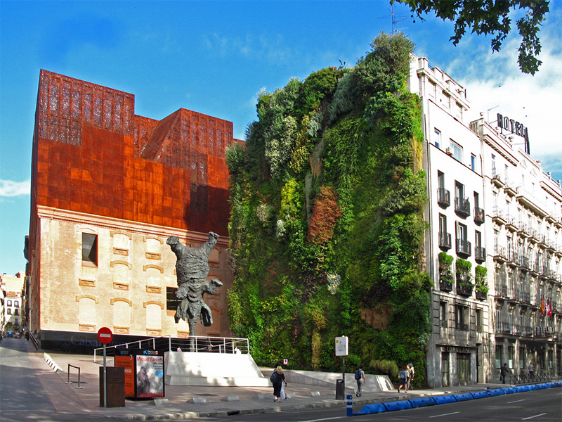 i-escape blog / Insider tips for Madrid / La Caixa Forum