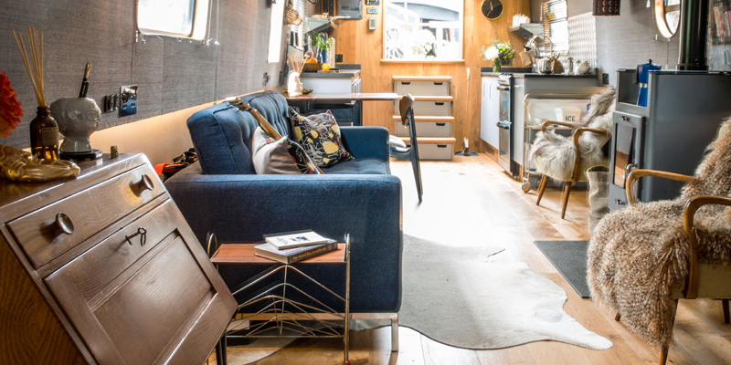 i-escape blog / Finding your perfect holiday villa / Hoxton Boutique Houseboats