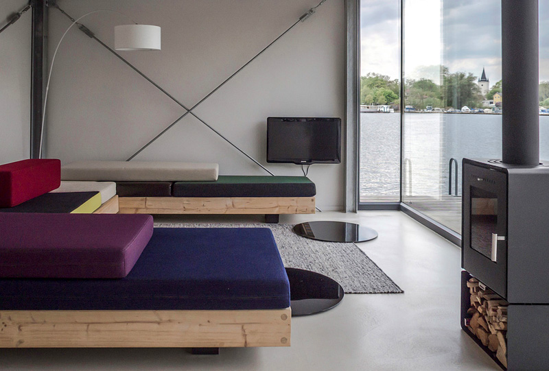 The i-escape blog / Six romantic city apartments / Boutique Houseboat, Berlin