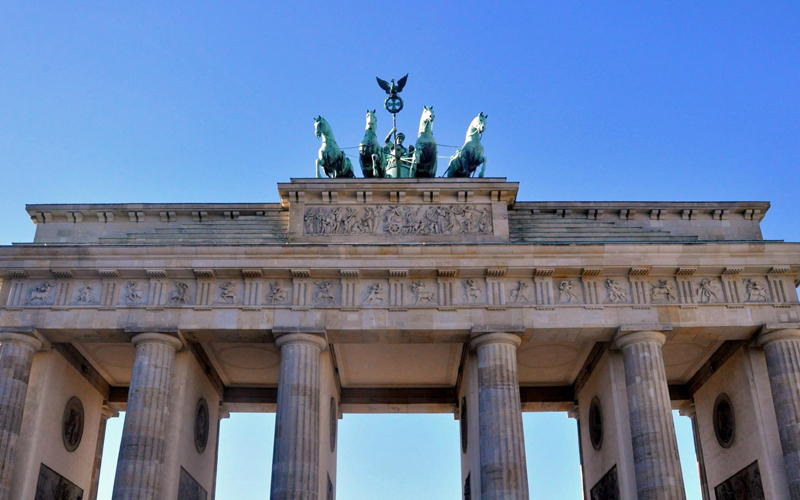 i-escape blog / Mother's Day is every day / Berlin Brandenburg Gate