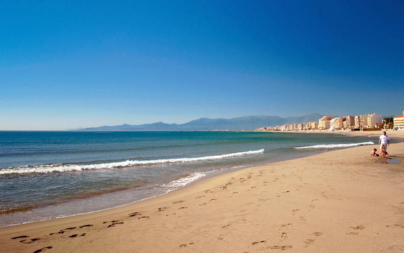 i-escape blog / Fab French Regions for Families / Canet Plage