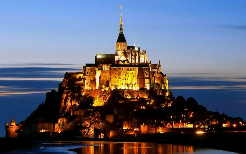i-escape blog / Fab French Regions for Families / Mont St Michel