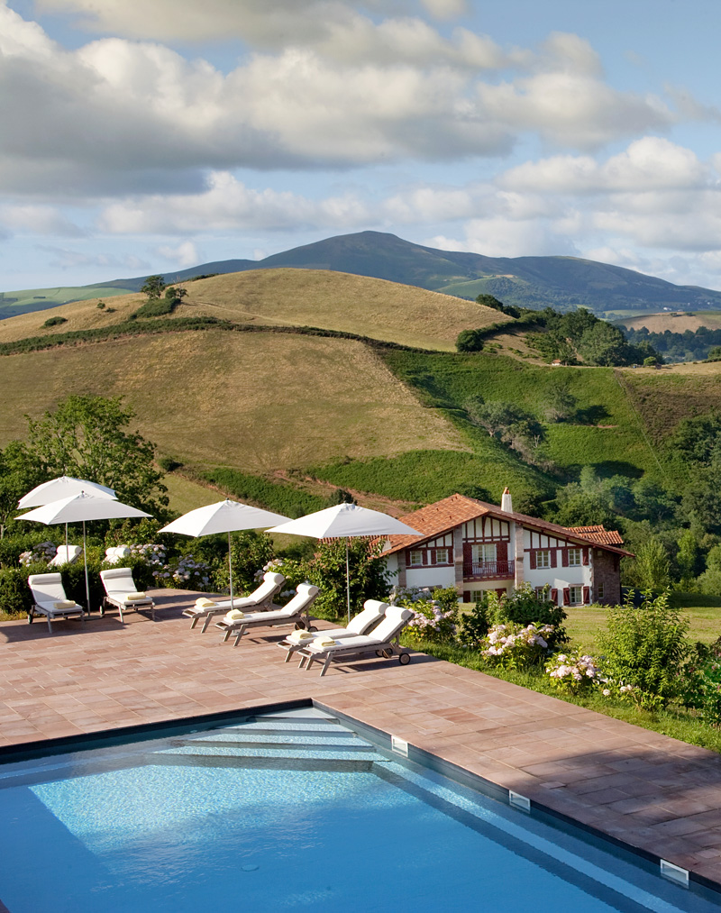Find your perfect mountain retreat / Auberge Ostape, Gascony, France