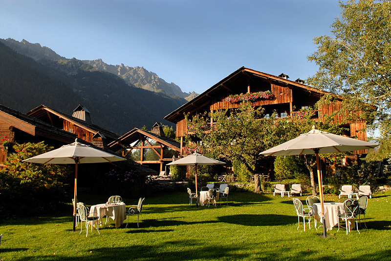 Find your perfect mountain retreat / Hameau Albert 1er, Chamonix, France