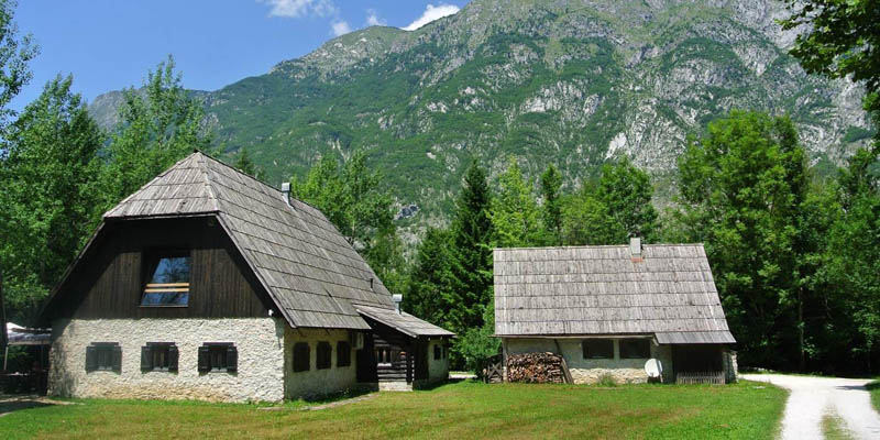 i-escape blog / Top family holidays in the mountains / Pristava Lepena