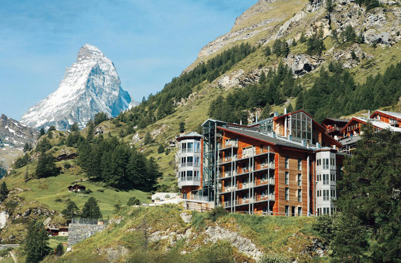 Find your perfect mountain retreat / The Omnia, Switzerland