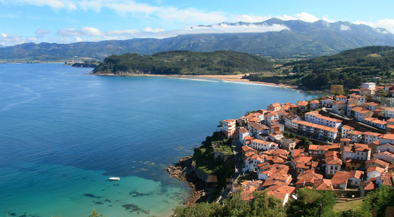 i-escape blog / Why go to northern Spain? / Lastres