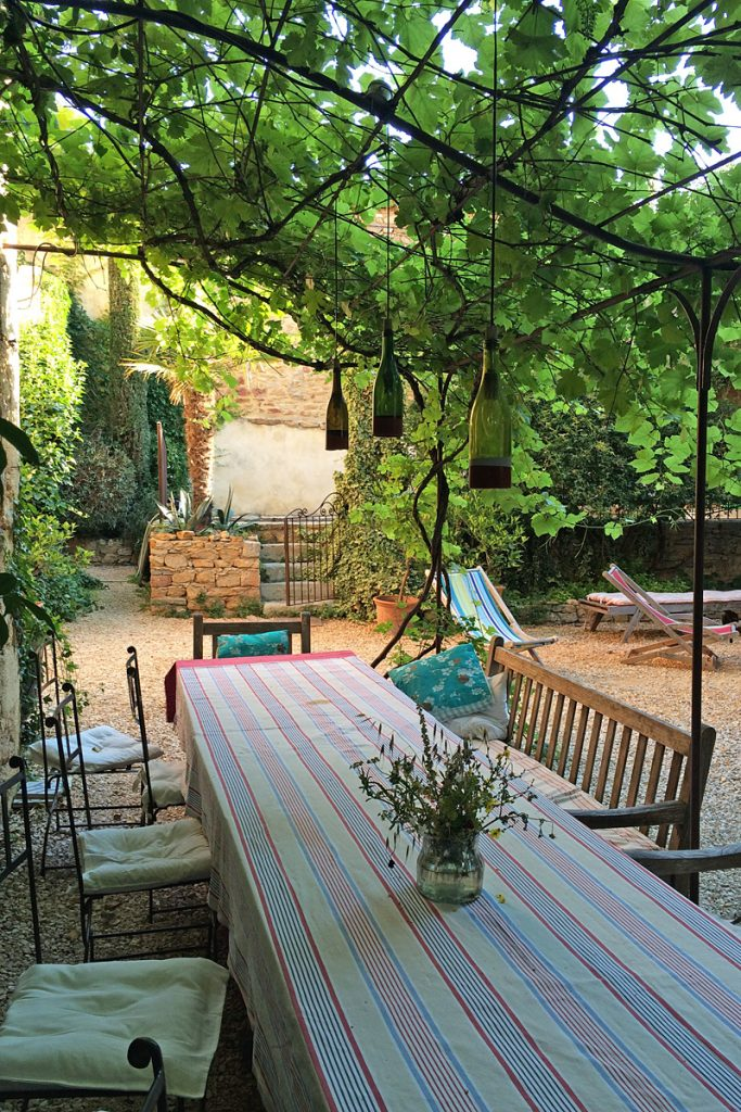 i-escape blog / Savvy Summer Holidays / Les Sardines aux Yeux Bleu, Provence, France