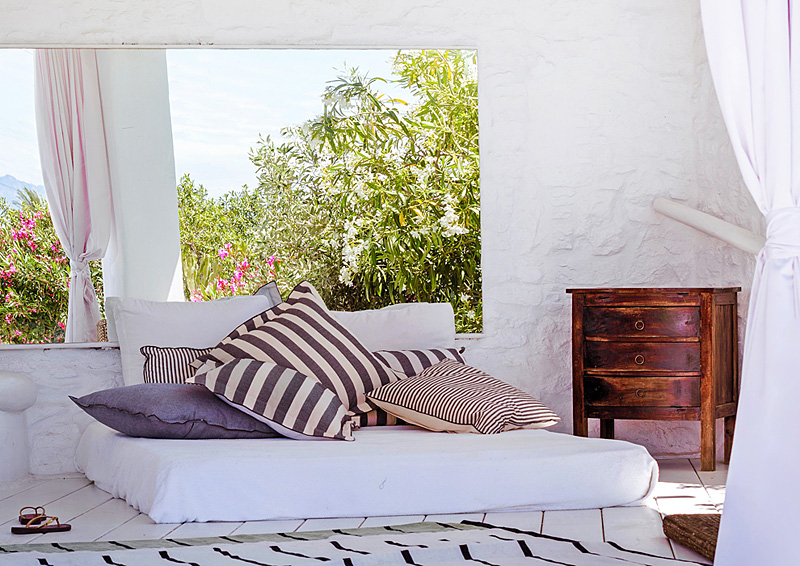 i-escape blog / Savvy Summer Holidays / Ostraco, Mykonos, Greece