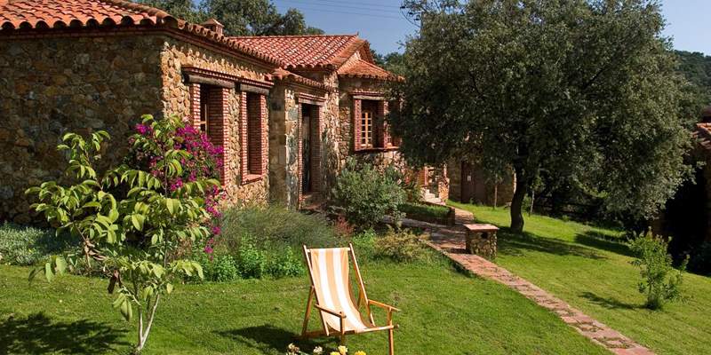 i-escape blog / Summer Holiday Rentals / Molino Rio Alajar