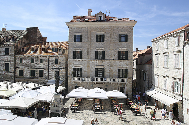 i-escape blog / 6 family-friendly beach hotels in Croatia / The Pucic Palace