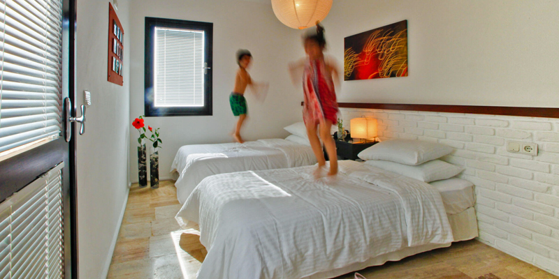 i-escape blog / family-friendly hotels with summer availability / 4 Reasons hotel+bistro Bodrum Turkey