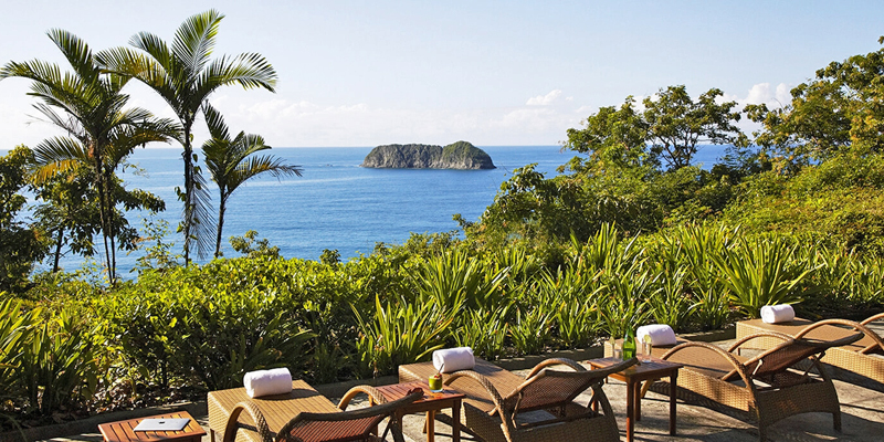 i-escape blog / family-friendly hotels with summer availability / Arenas del Mar Manuel Antonio Costa Rica