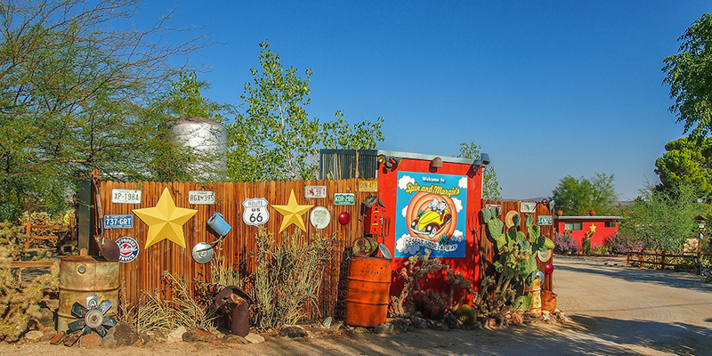i-escape blog / 10 Quirky Family Places / Spin and Margie's Desert Hideaway