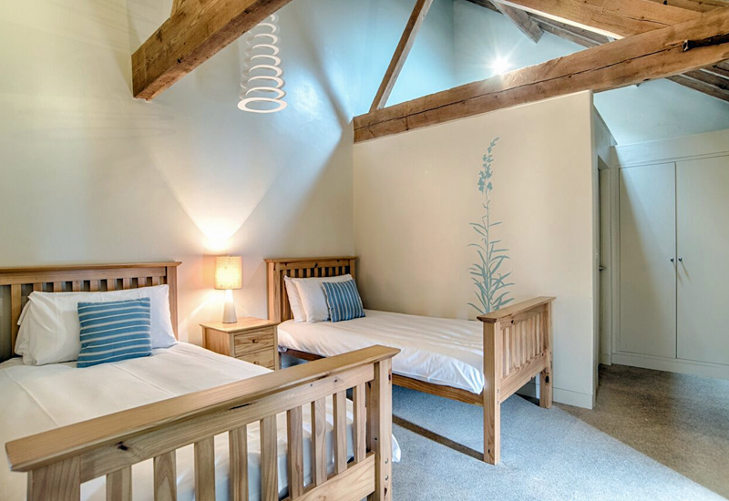 The i-escape blog / Cheap and chic family holidays / Barsham Barns