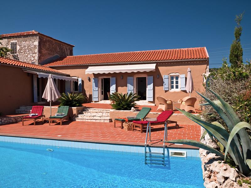 i-escape blog / European hideaways for late summer sun / Chalikeri Villas Kefalonia