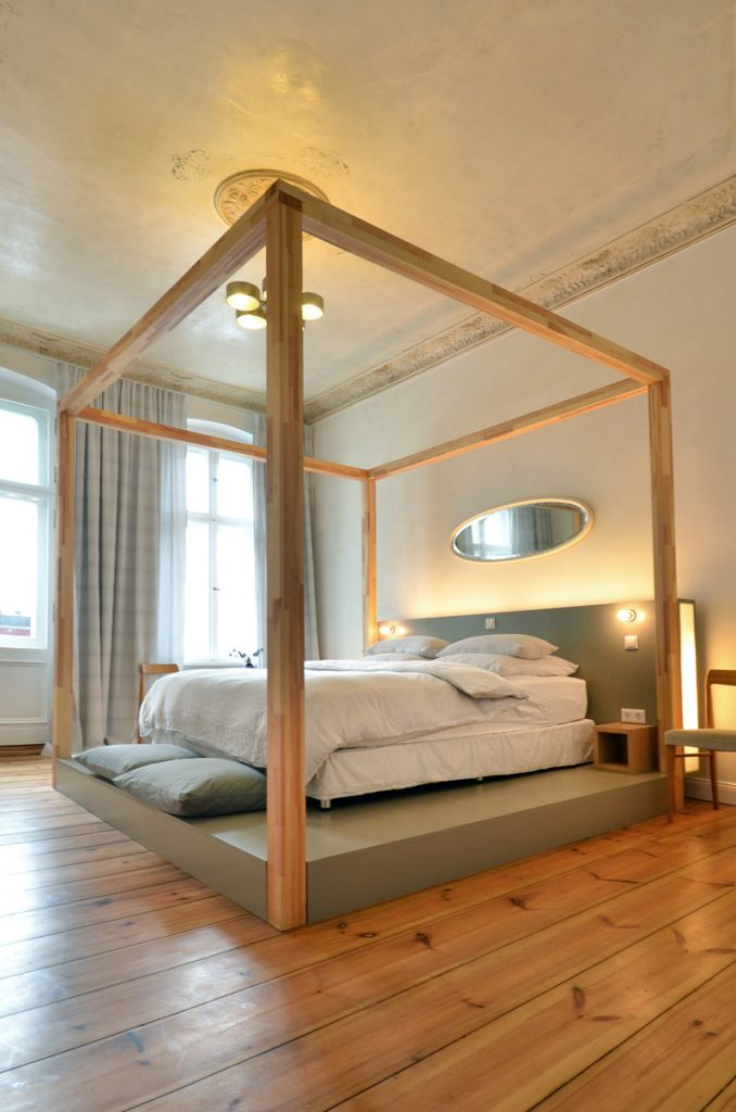 Linnen, Berlin / The i-escape blog / Budget boutique hotels - how to save money without scrimping on style