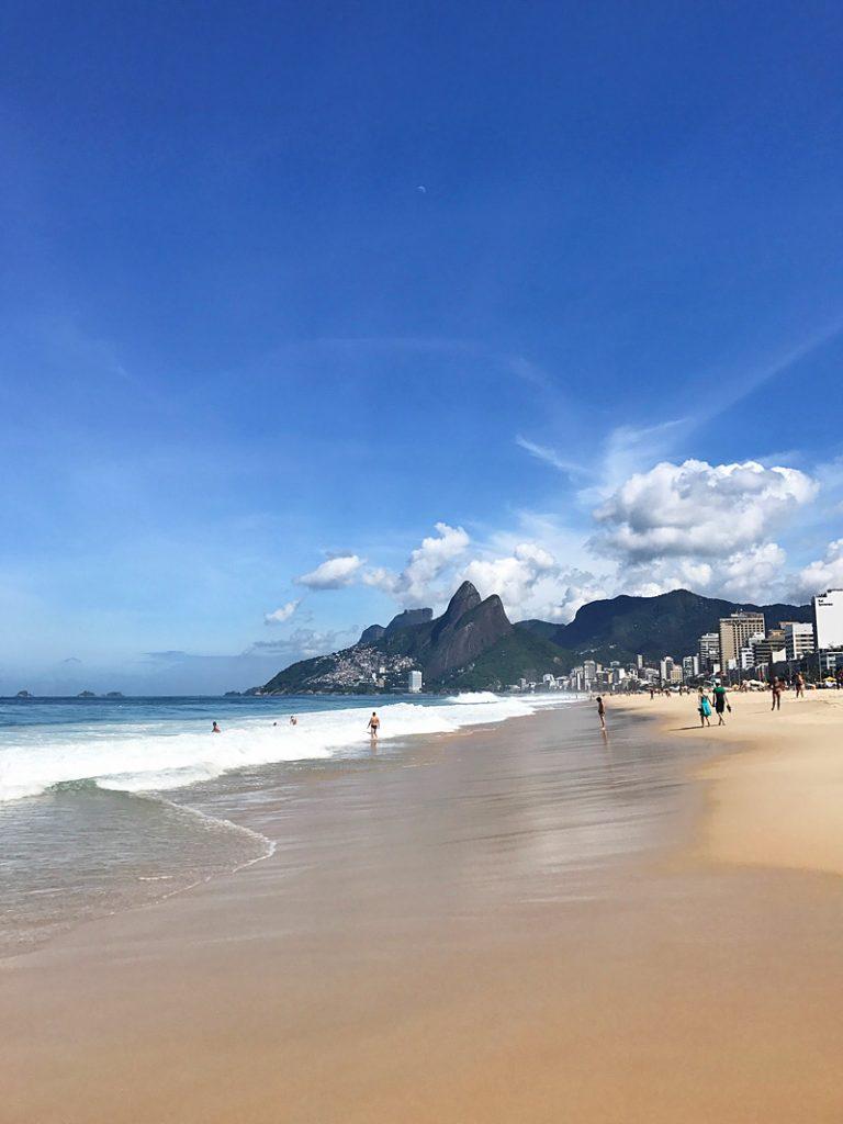 i-escape blog / A Brazil honeymoon: Rio de Janeiro / Ipanema Beach, Rio de Janeiro, Brazil