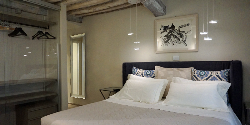 i-escape blog / An Adults-Only Long Weekend in Tuscany / Lucca Boutique Apartments