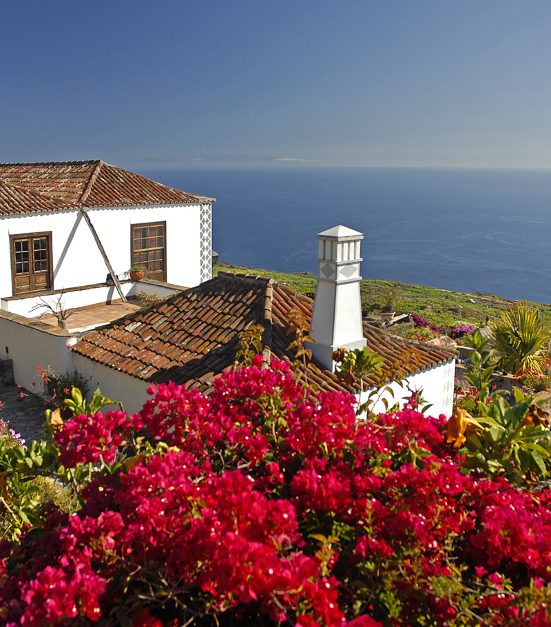 i-escape blog / Budget Winter Sun Canary Islands / Casa Los Geranios, La Palma, Canary Islands