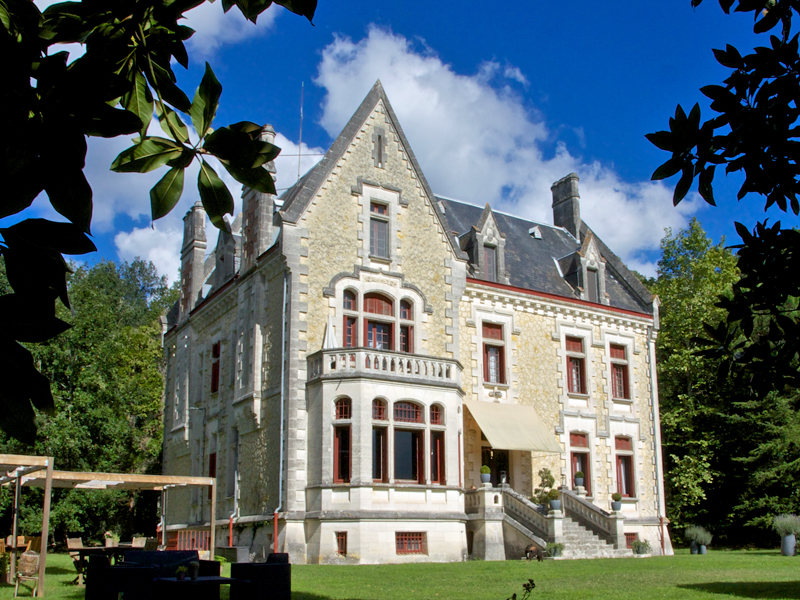 i-escape blog / Our favourite babymoon ideas / Chateau La Thuiliere