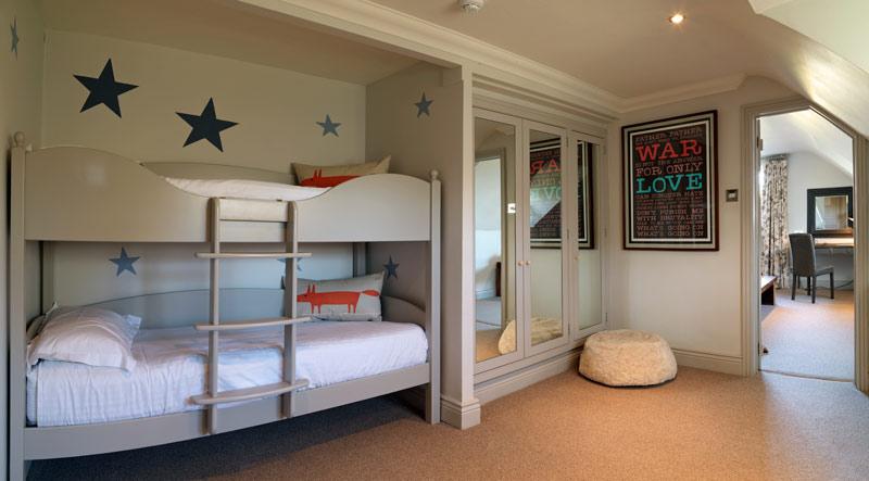 i-escape blog / Family Holidays 2018: Where to Book Now / Calcot Manor Hotel
