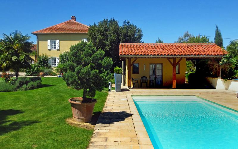 i-escape blog / Family Villas for Summer 2018 / The Gascony Farmhouse