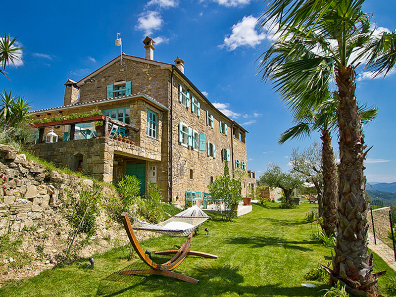 i-escape blog / Family Villas for Summer 2018 / Villa Sancta Maria