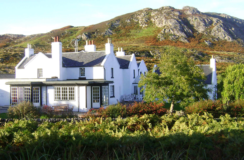The i-escape blog / The best beaches in the UK / The Colonsay Hotel